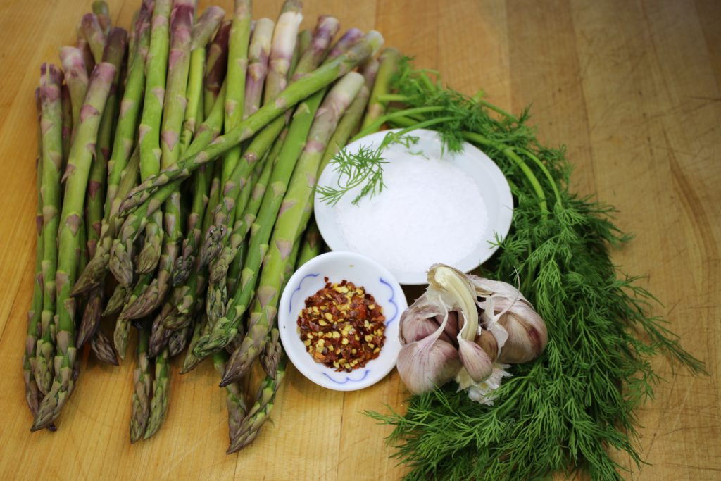 dilled-asparagus-pickles
