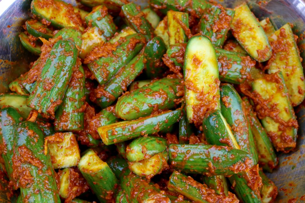 mix in kimchi paste